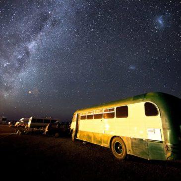De camping viendo las estrellas